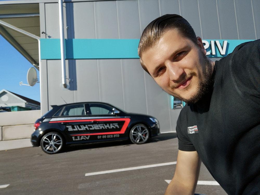 Valdrin Thaqi - Dein Fahrlehrer aus Diepoldsau